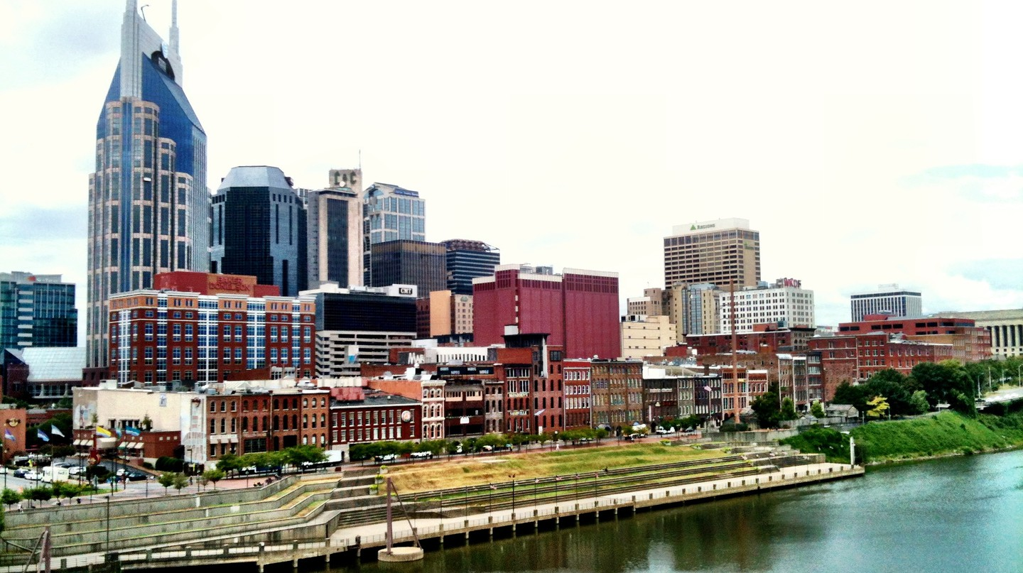 Downtown Nashville Riverfront | © Brad Montgomery / Flickr