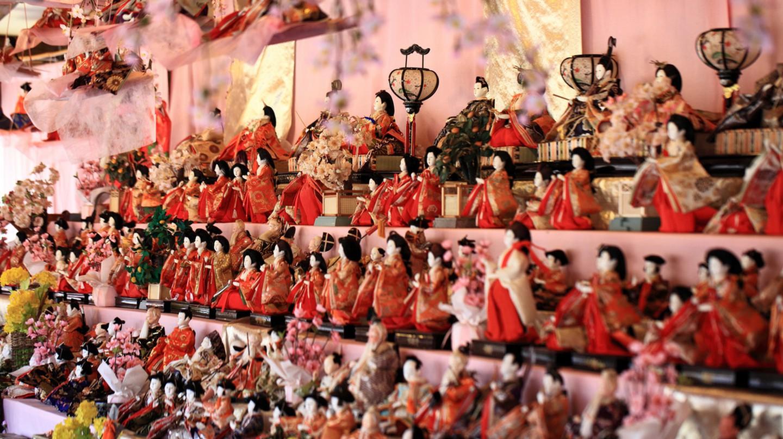 Hina dolls for the Hinamatsuri |  © TANAKA Juuyoh / Flickr