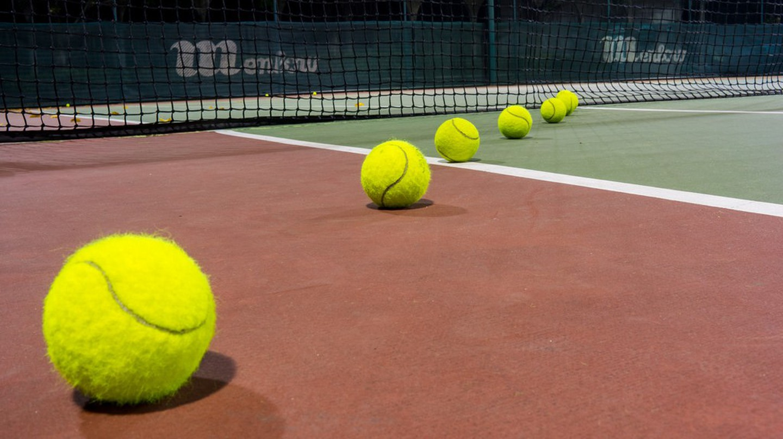 Tennis Court | © llee_wu / Flickr