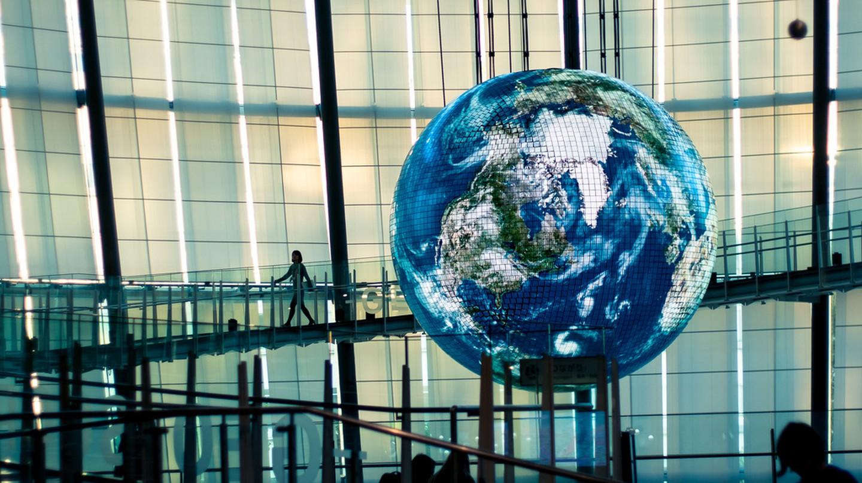 Inside the Miraikan 'Future Museum' | © Setsuan/Flickr