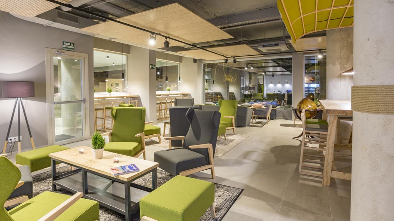 The green-inspired Artiem Lobby   © Artiem Hotel