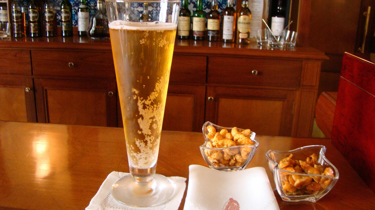 Beer and snacks | © VasenkaPhotography /Flickr