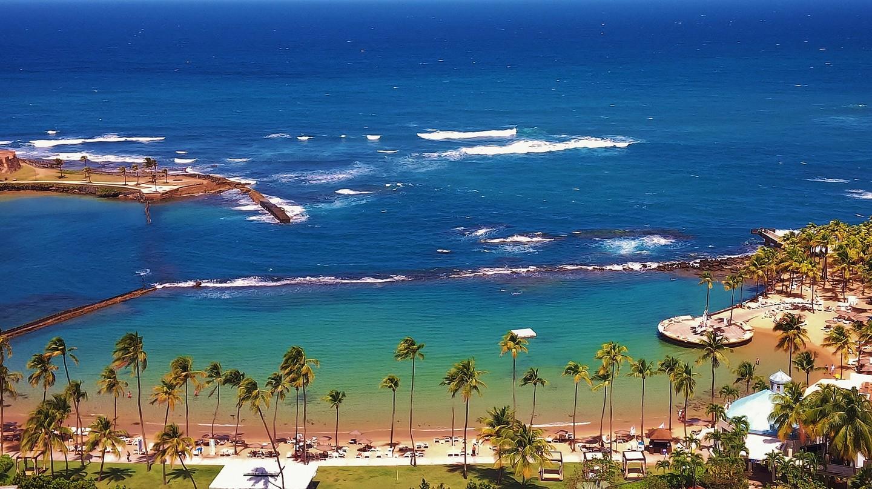 Beach in San Juan | © Angel Xavier Viera-Vargas/ Flickr