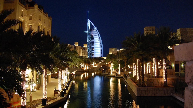 View of the Burj Al Arab from Madinat Jumeirah | ©Leonardo Aguiar / Flickr flickr.com/photos/sensechange/1881981261