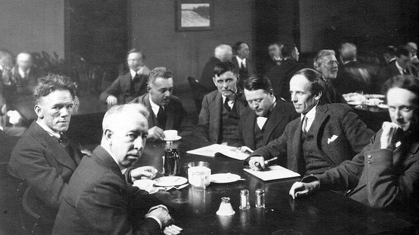 Six of the Group of Seven, plus their friend Barker Fairley, in 1920. From left to right: Frederick Varley, A. Y. Jackson, Lawren Harris, Barker Fairley, Frank Johnston, Arthur Lismer, and J. E. H. MacDonald.    Piblic Domain/ WikiCommons