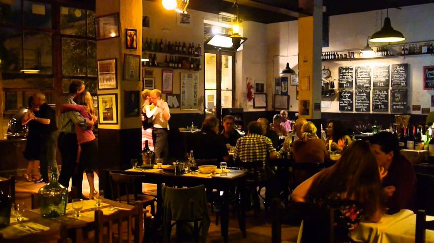 Buenos Aires nightlife   Wikimedia