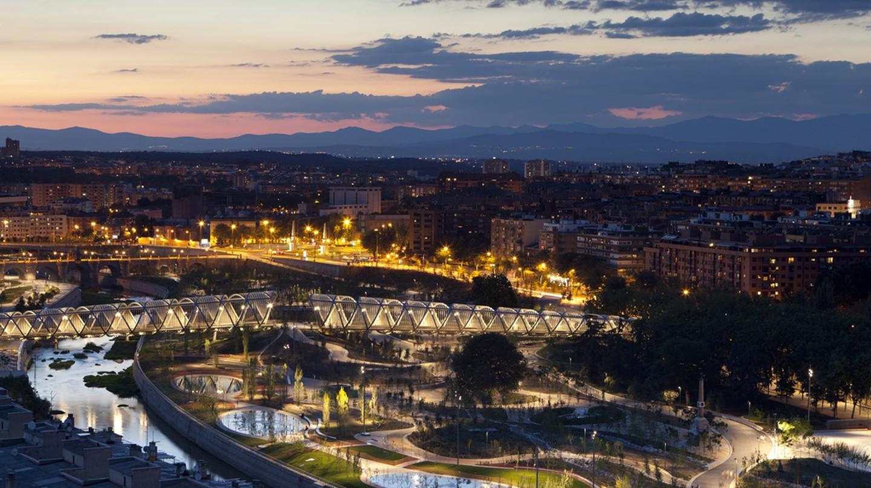 Madrid Río at dusk   Courtesy of Madrid Destino Cultura Turismo y Negocio