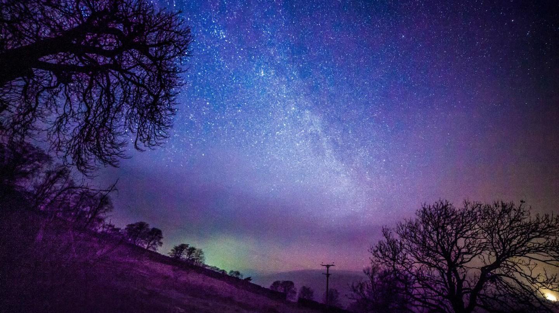 Northern Lights over Yorkshire |© Sandra Cockayne/REX/Shutterstock