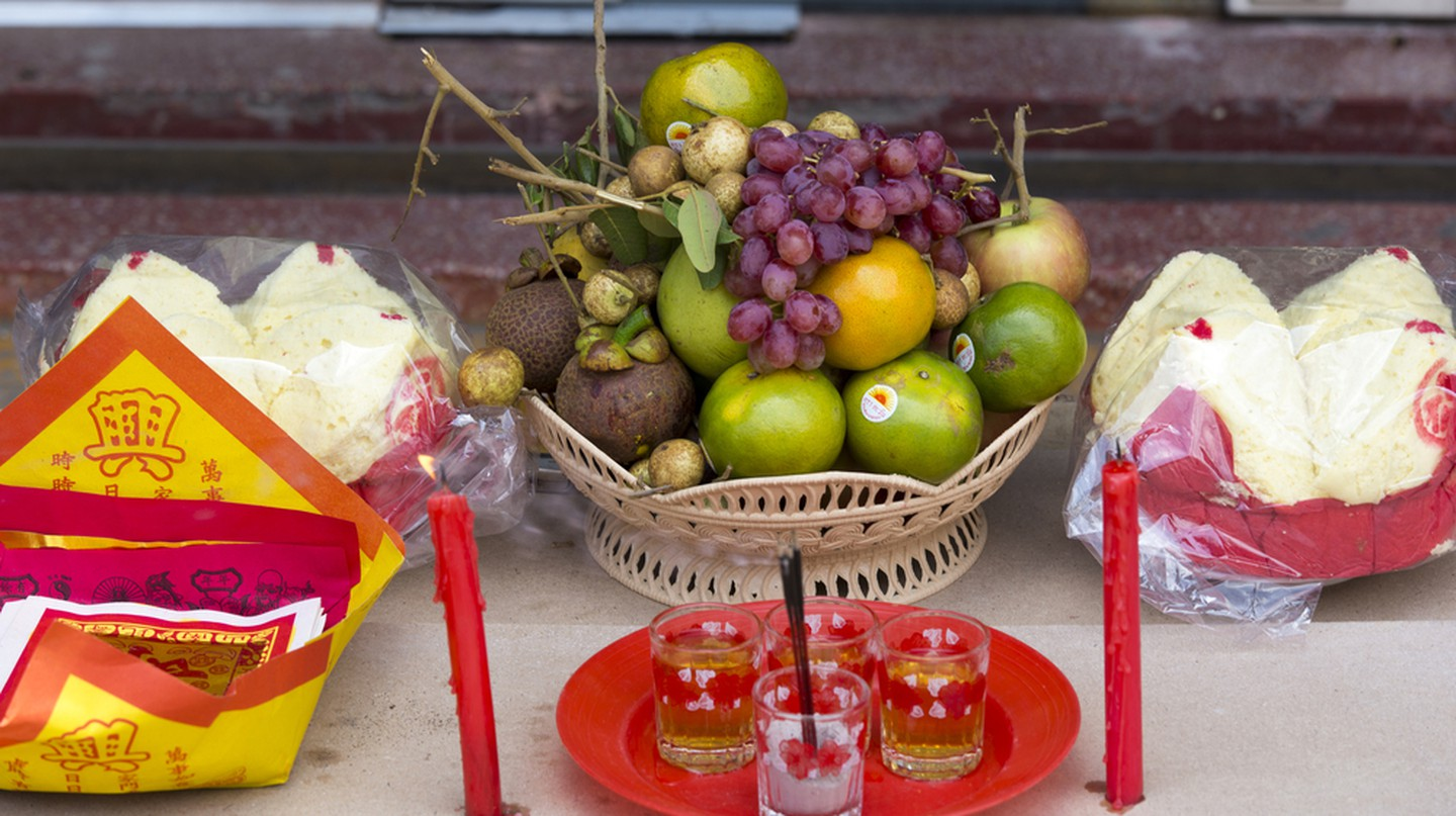 Offerings left at a pagoda ©  Maurizio Biso/ Shutterstock