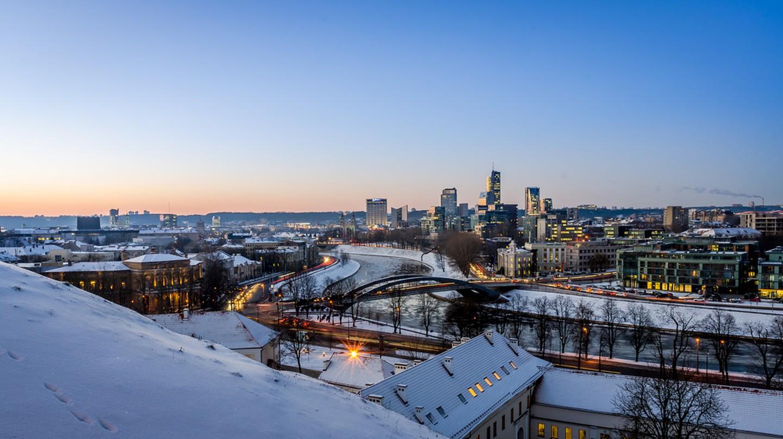 Winter cityscape of Vilnius | ©Mantas Volungevicius/Flickr