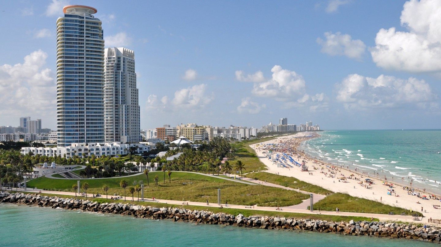Miami Beach | © James Willamor / Flickr