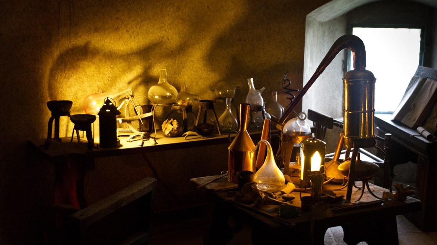 An alchemist's workplace in the castle of Prague | ©Lau Svensson / Flickr