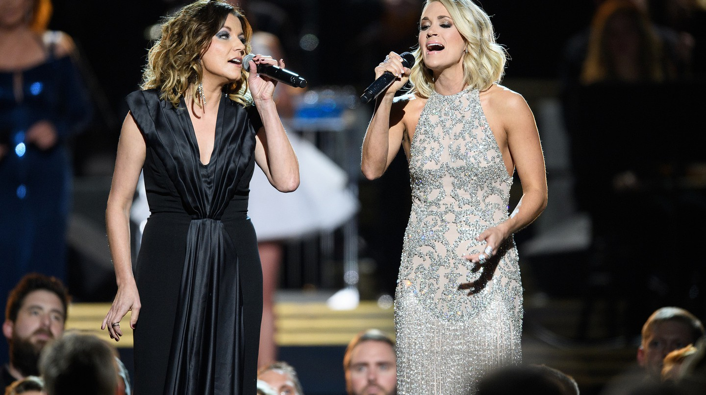 "<a href=""https://www.flickr.com/photos/disneyabc/30445618900/"" target=""_blank"">Martina McBride &amp; Carrie Underwood 