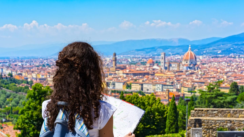 Exploring Florence | © Alexey Yuzhakov/Shutter