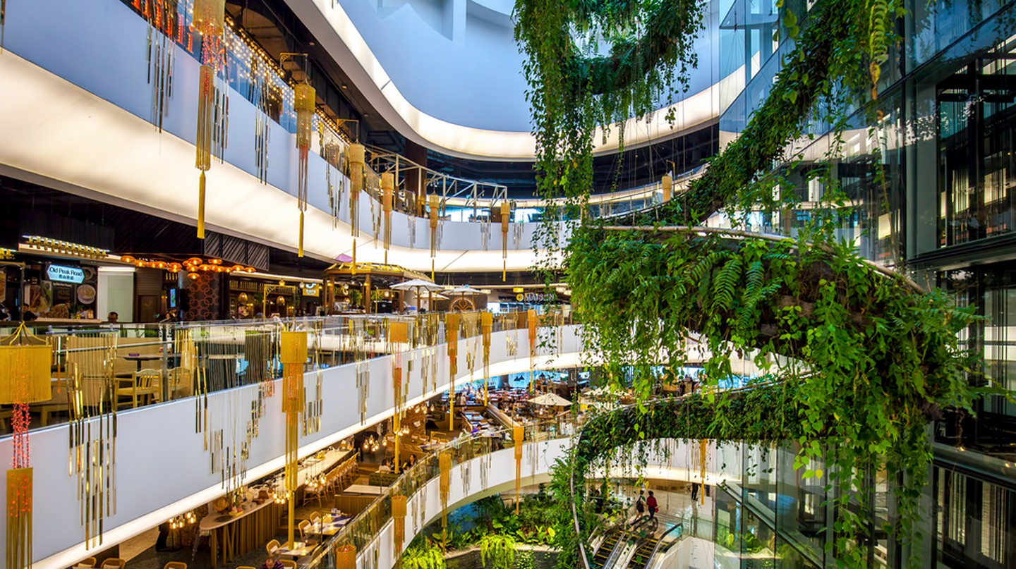 The Helix Quarter at Emquartier Shopping Mall | © LennonLand/Shutterstock