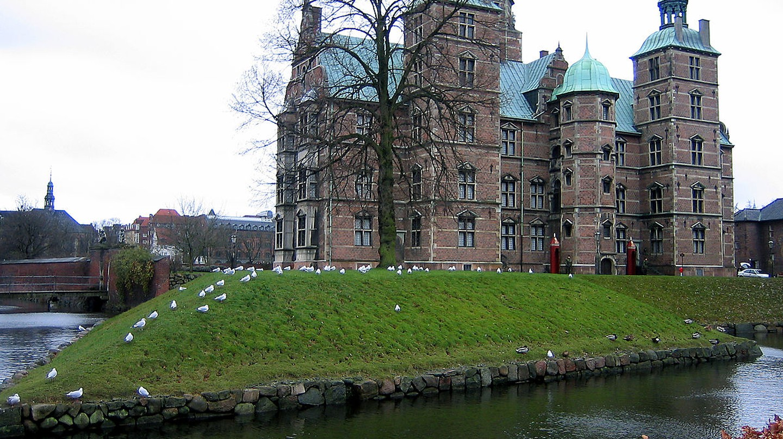 Rear of Rosenborg Castle |© Bluedog423 / Wikimedia Commons