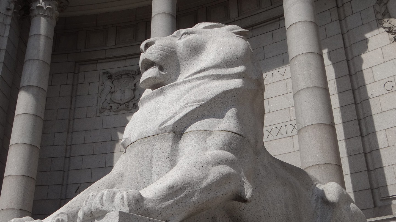 War Memorial Lion | © Balazs Szanto/Flickr