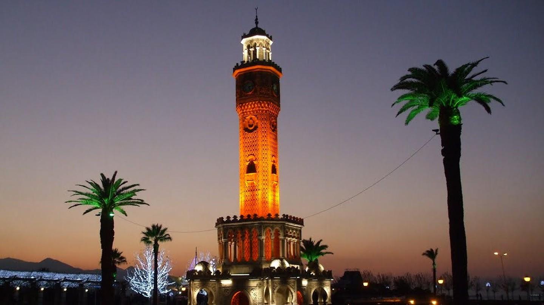 Izmir Clock Tower | © Ismail Diker / Flickr