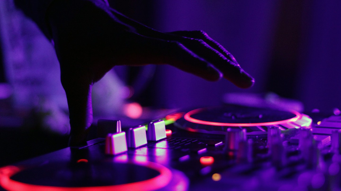 Hitting the decks | © Pexels / Pixabay