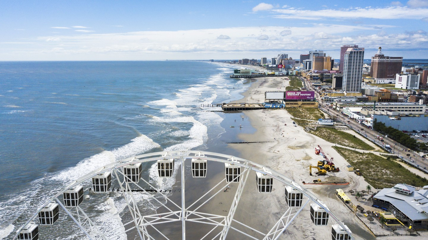 Waterline view of Atlantic City, a tourist city in New Jersey famous for its casinos, boardwalks, and beaches.