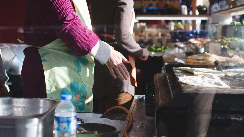 Fresh gözleme being made | © Jakub Kapusnak, Foodiesfeed.com