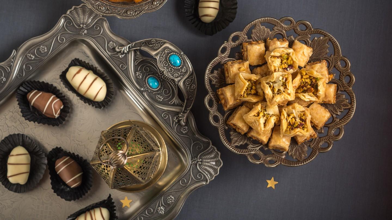 Eid food celebration   © JOAT / Shutterstock