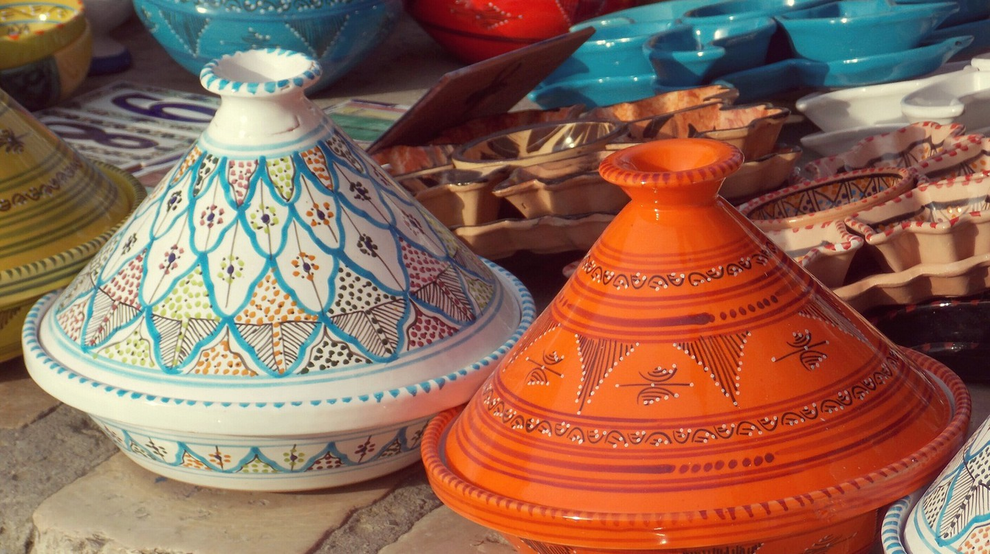 Moroccan tagine pots and ceramics | © Wikimedia Commons