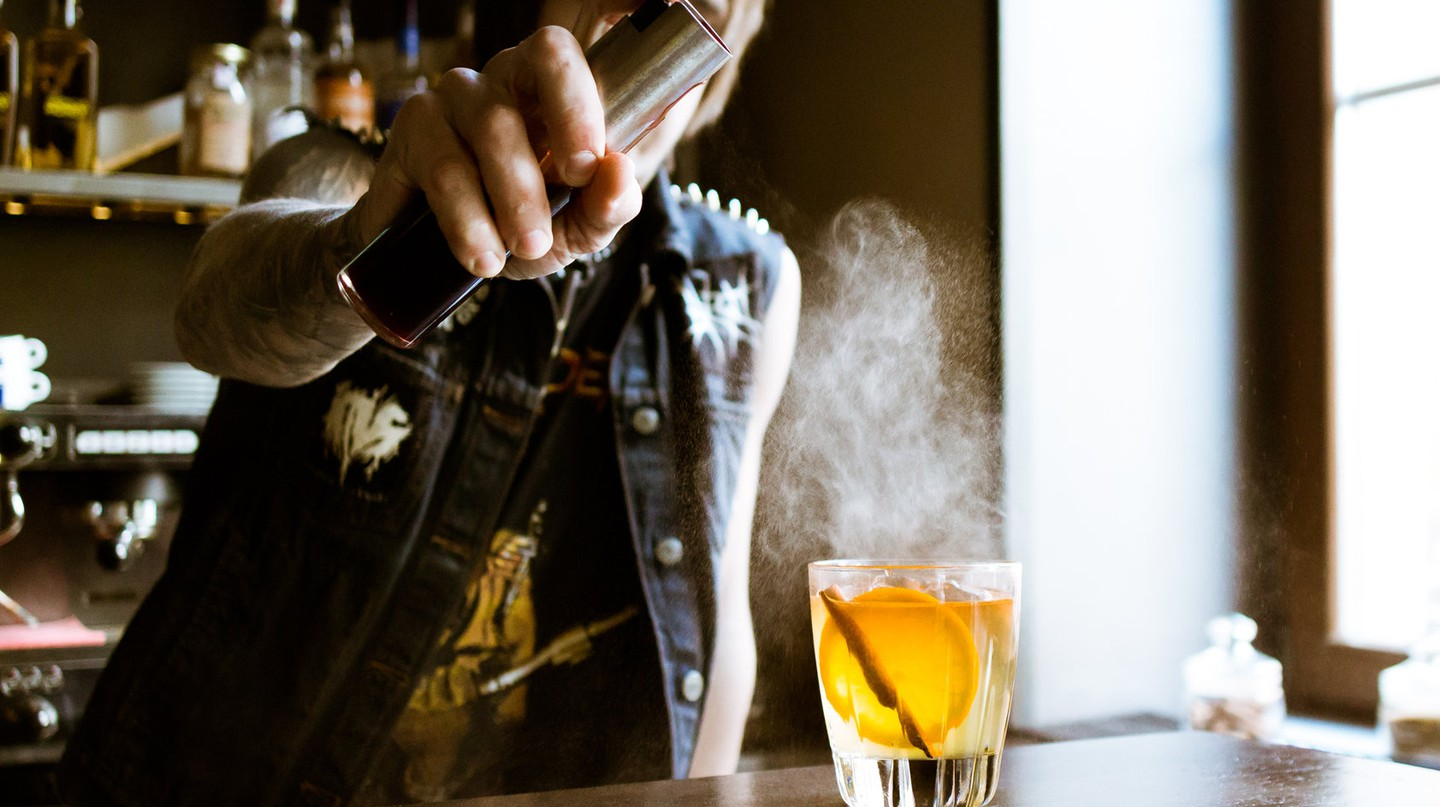 Cocktail art at its finest | © Artem Pochepetsky / Unsplash