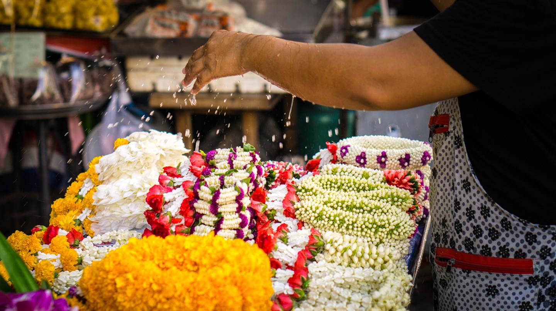 Explore the flower market