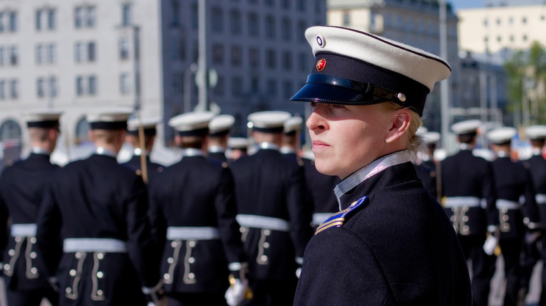 Female Cadet in Helsinki | © Aija Lehtonen/Shutterstock