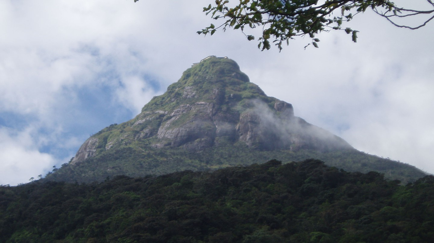 "<a href=""https://commons.wikimedia.org/wiki/File:Sri_Pada.JPG"" target=""_blank"" rel=""noopener noreferrer"">Adam's Peak 