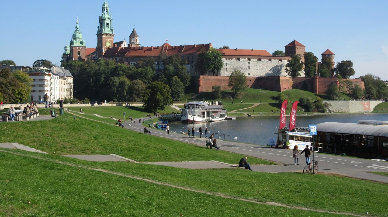 Vistula River and Wawel Castle | © NH53/Flickr