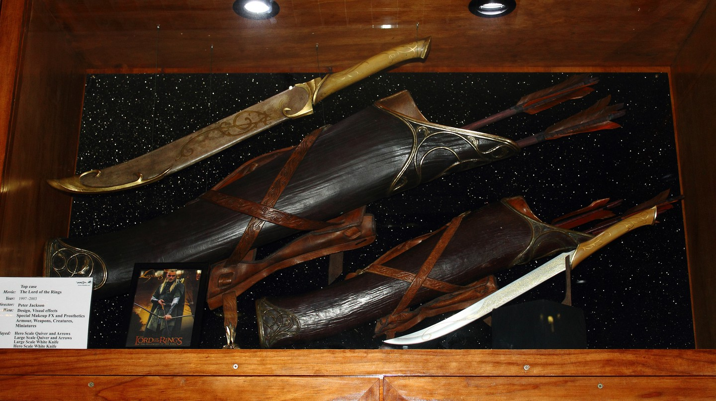 Legolas' Hero and Large Scale Weapons, Weta Cave | © Chris/Flickr