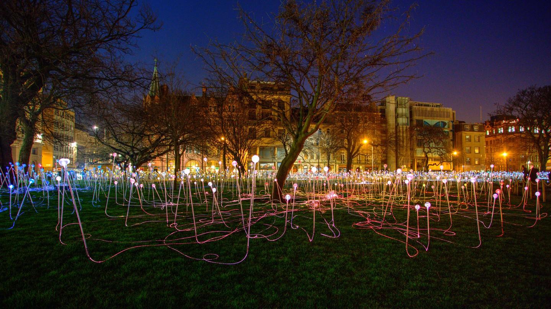 Field of LIght Installation In St Andrews Square, Edinburgh   © Chris Fleming/Flickr