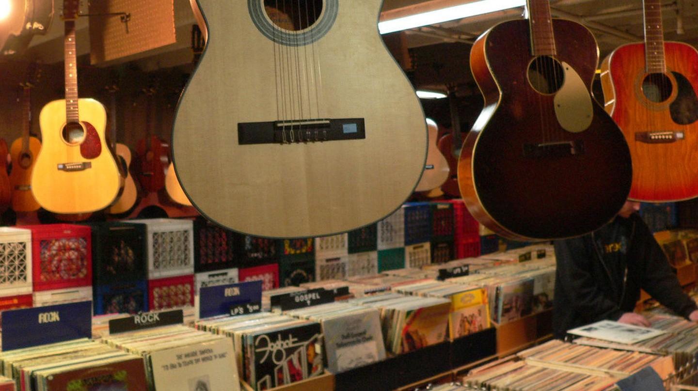 Music store | © Lisa Padilla/Flickr