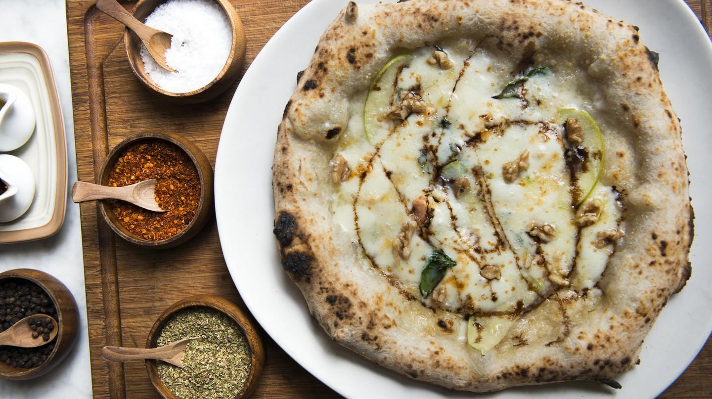 Quattro Formaggi Pizza  | © Courtesy of Peppina
