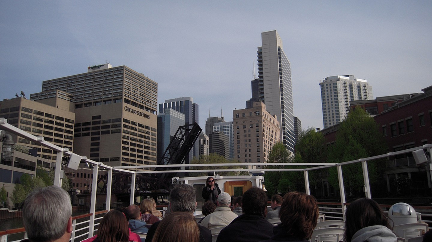 View from the Chicago Architecture Foundation River Cruise on the North Branch of the Chicago River | © Tracie Hall/Flickr