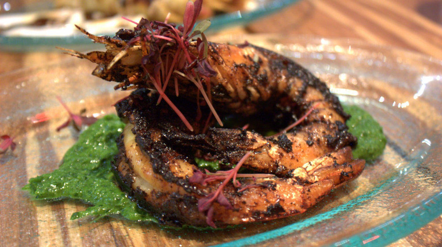 Blue Prawn with Salsa Negra | © Krista / Flickr