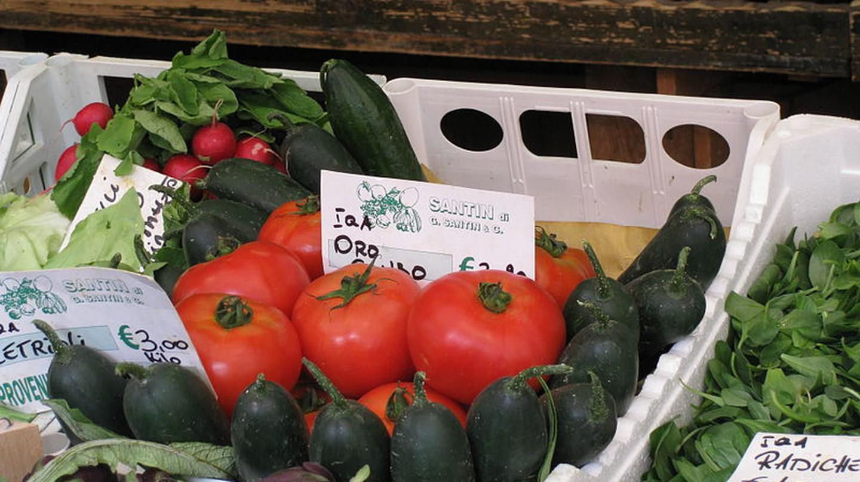 Market at Campo della Pescaria | Deror_avi/WikiCommons
