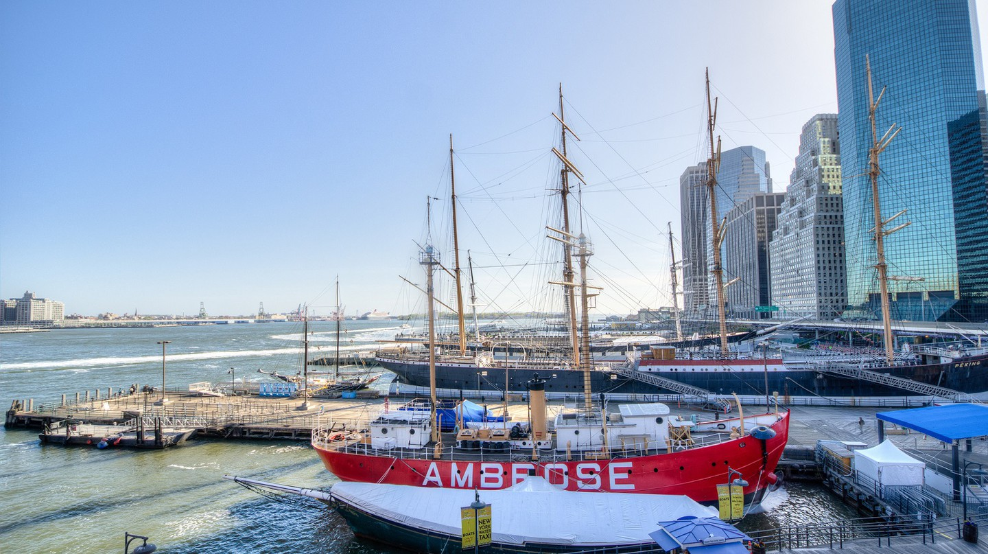 Ambrose ship at South Street Seaport | © m01229/Flickr