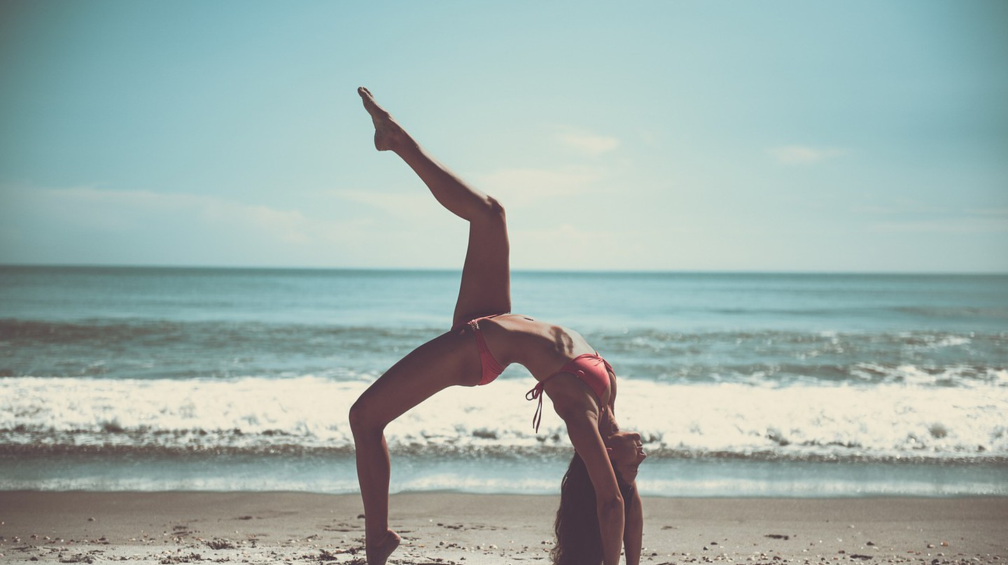 Beach yoga © Pixabay