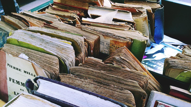 Old Books  | © Adolesco/Pixabay
