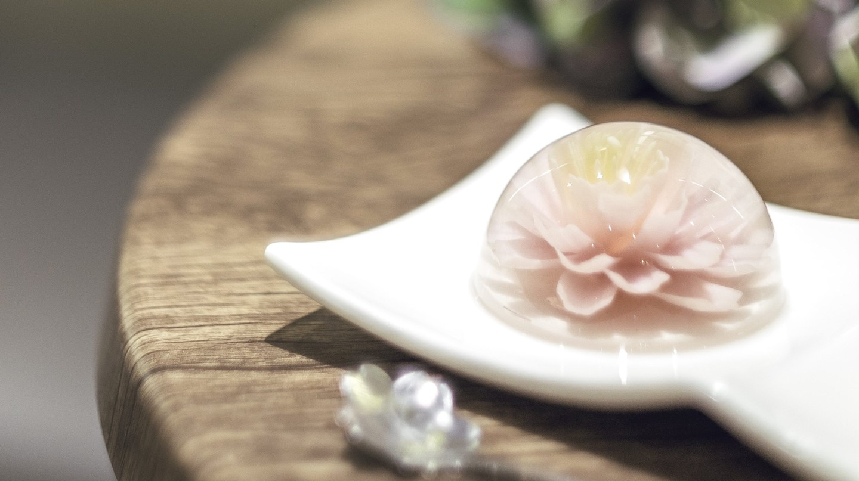 A flower jelly cake at La Floraison | image courtesy of La Floraison