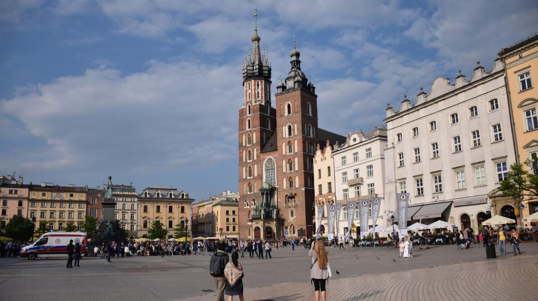 Krakow Main Square   © LiveKrakow.com
