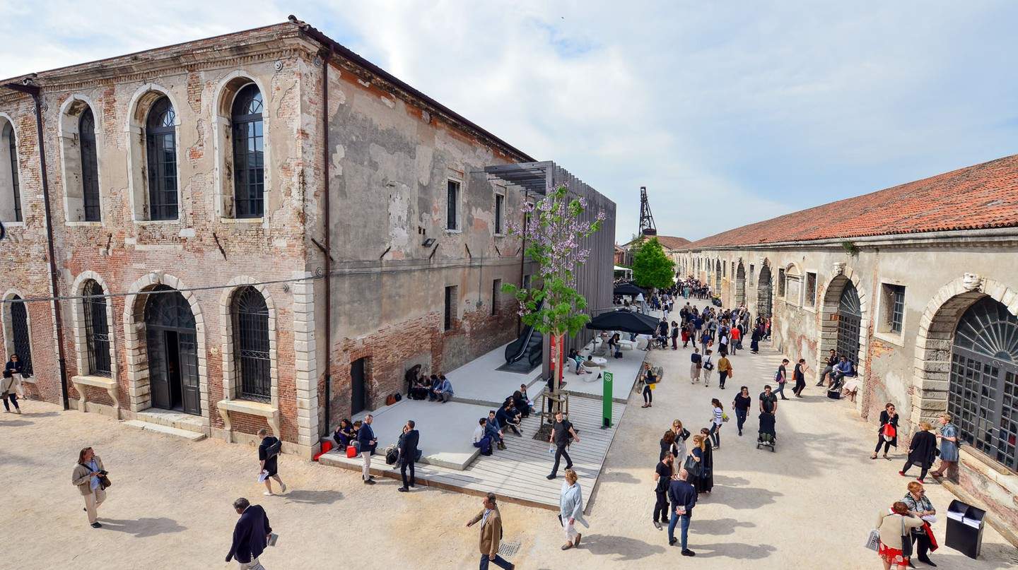 The 57th Biennale di Venezia | Photo Andrea Avezz˘. Courtesy la Biennale di Venezia