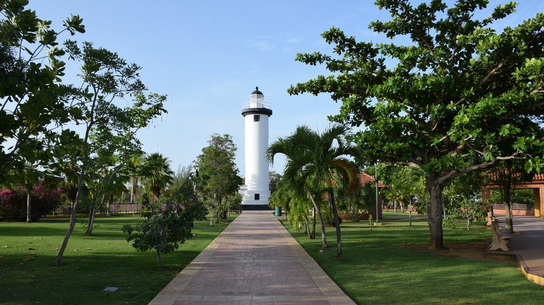 Rincon Lighthouse | Todd Van Hoosear/ Flickr