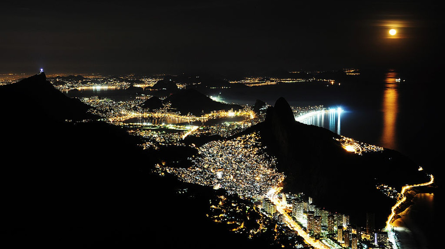 View from Gavea |© Alex MacDowell / WikiCommons