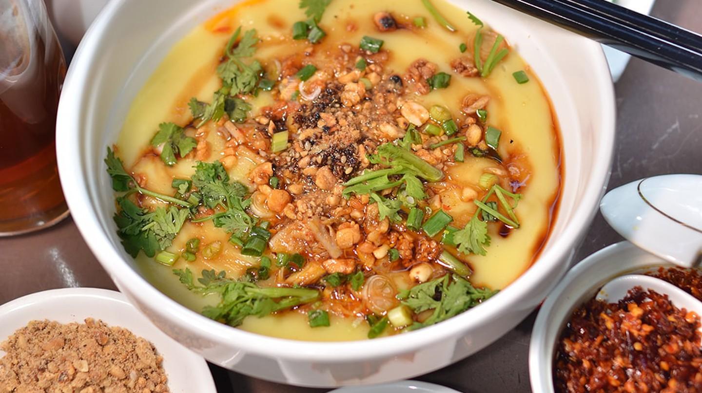 Tofu paste noodles at 999 Shan Noodle Shop in Yangon, Myanmar | © 999 Shan Noodle Shop