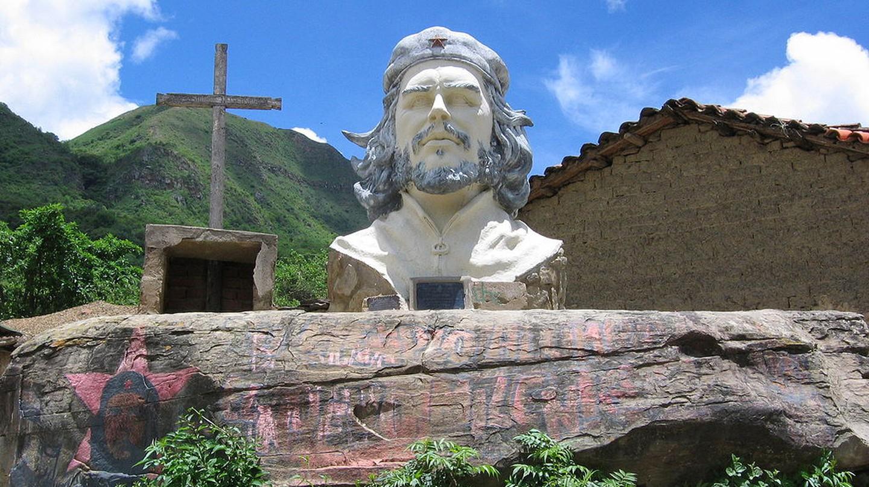 The Che Guevara Statue in La Higuera, Bolivia © Augusto Starita/Wikipedia
