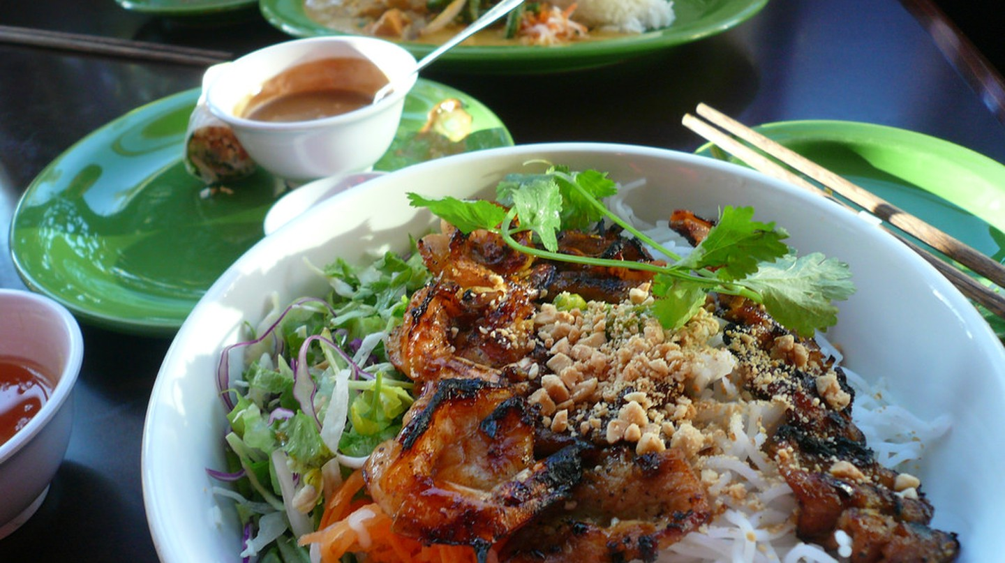Vietnamese food | © Rex Roof/Flickr